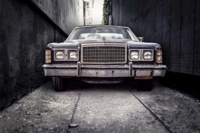 car-vintage-parking-narrow
