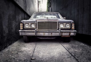 car-vintage-parking-narrow